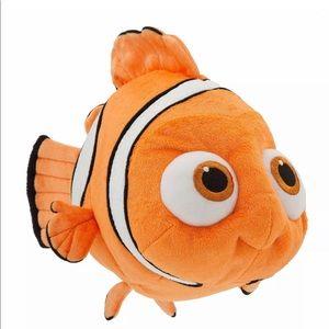 Disney Store Finding Dory Nemo Plush